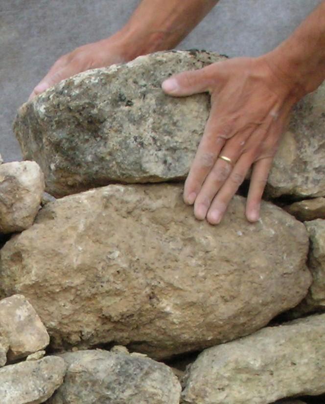 contact une pierre sur l autre unepierresurlautre